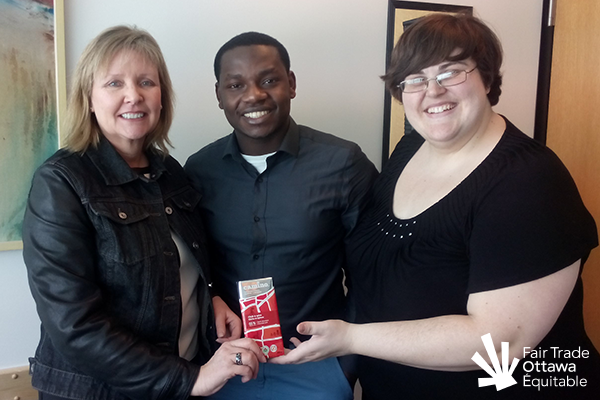 Fair Trade Ottawa Équitable volunteers Jeffry and Lia meeting with Councillor Diane Deans on March 2, 2015