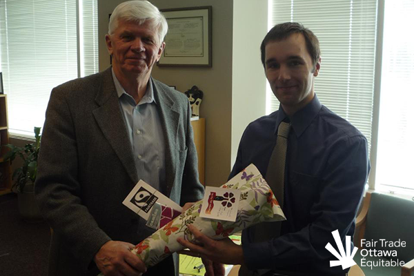 Fair Trade Ottawa Équitable volunteer Mike meeting with Councillor Doug Thompson in March 2012