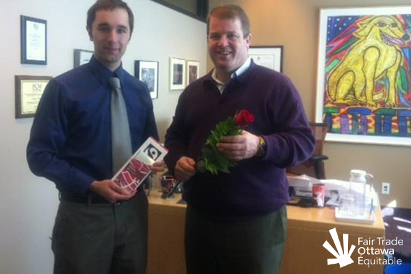 Fair Trade Ottawa Équitable volunteer Mike meeting with Councillor Peter Hume on March 5, 2012